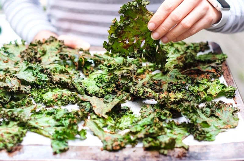 Sexy Spicy-Smokey Kale Chips